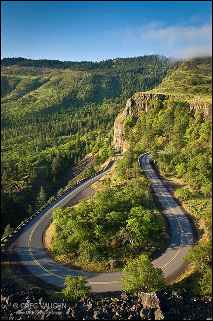 Rowena Loop Road, Columbia River Gorge, Oregon.